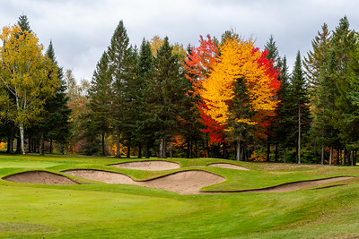 Mont-Tremblant, QC, Canada - September 27 2020:   Golf Le Diable   Photo by:  Gary Yee