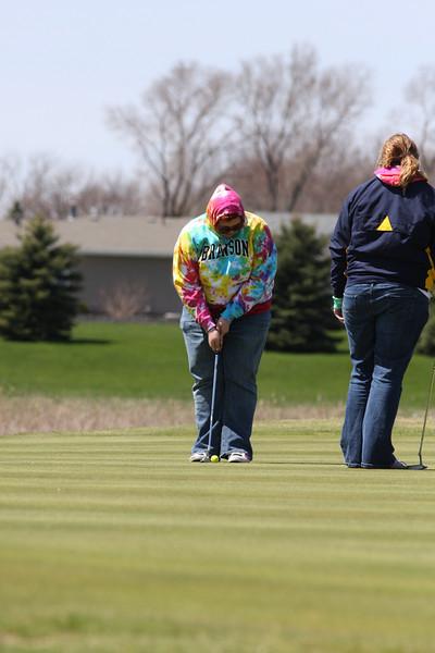 Golf 5-2-11 074