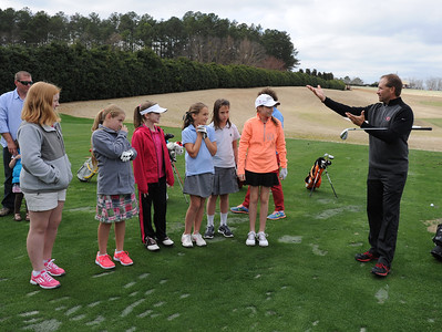 Lady Bulldog Golf Clinic