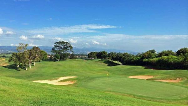 5334 Round of Golf - Royal Kunia Country Club