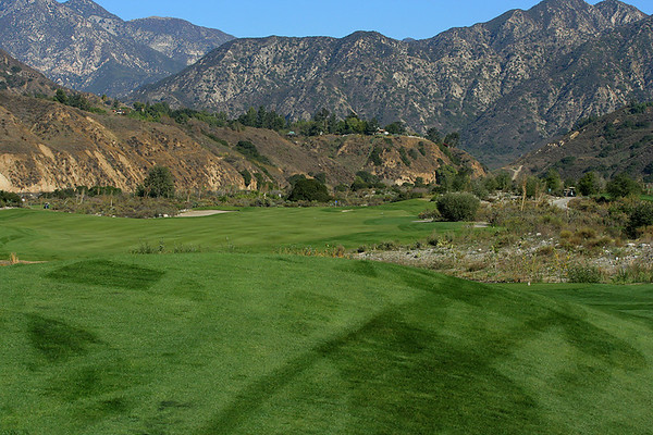 The 1oth hole 450 yard par 4 taken from the tee.