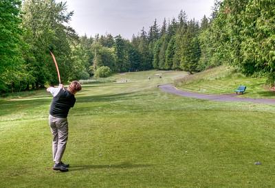 golf-swing-tee