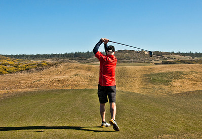 16 goes dogleg left over a sand hill and aiming stick.  A take off on Lahinch in Ireland.