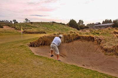 pacific-dunes-golf-sand-shot-3