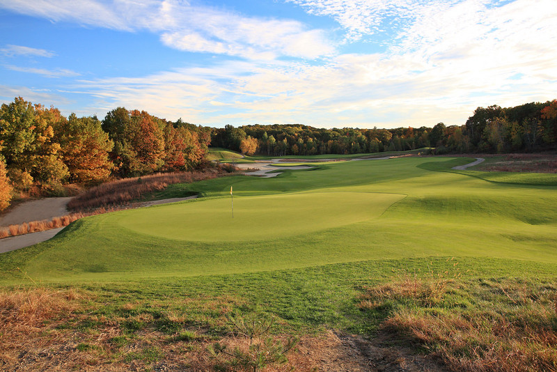 Hole #17 - late evening<br /> Red Tail Golf Club<br /> Devens, MA