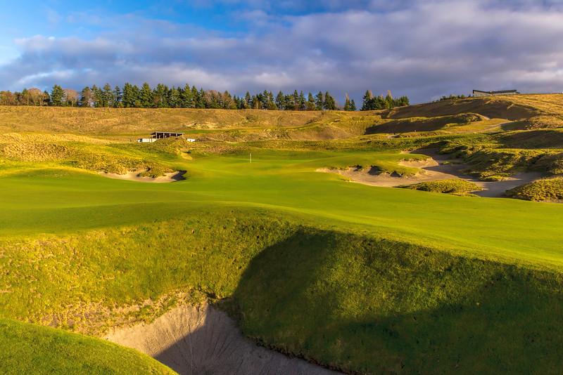 Chambers Bay Golf Course, Hole #18 (Tahoma) - Chambers Basement
