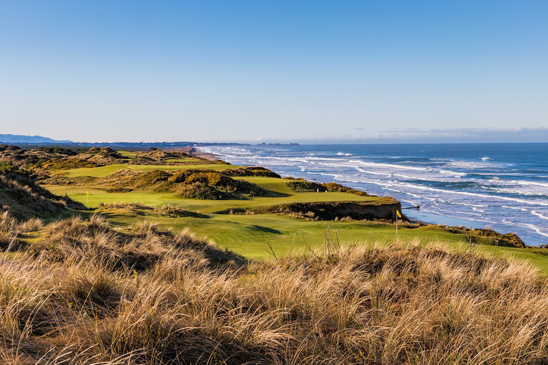 Pacific Dunes, Hole 10 & 11