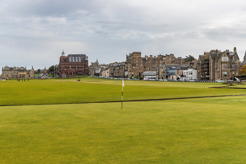 The Old Course at St Andrews, Hole #1, Par 4, Burn