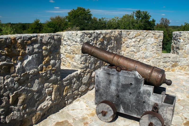 Presidio La Bahía Cannon