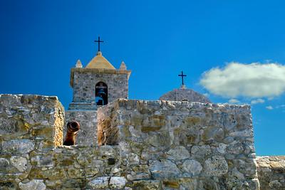 Presidio La Bahía Cannon and Bell