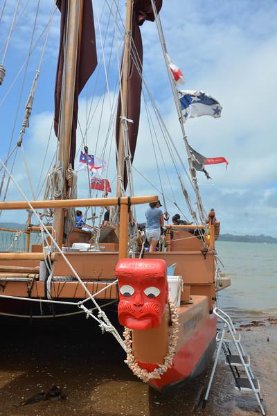 Touring Polynesian boats