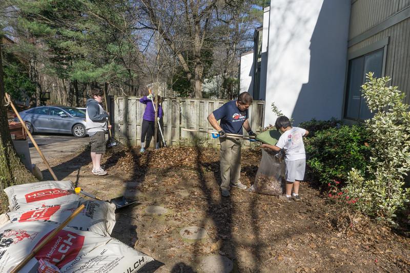 2017-04-02 GDD Raking and mulching at Pathways Group Home-02049