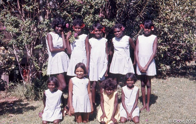 1973 Susan yamalulu, Cherry Davis, Susan Yamalulu, Anne Buck, Margaret Munda, Sulvia Buck<br /> F- ? Ivy Till