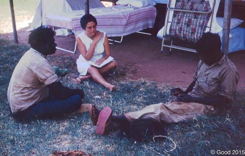 1968 Joyce Hudson learning Walmajari with Pompey Sidon and ?
