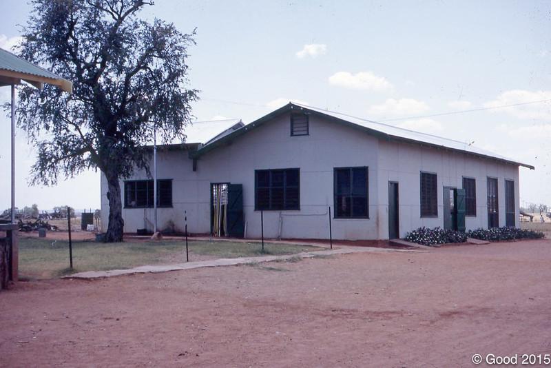 1974 Mission dinning room