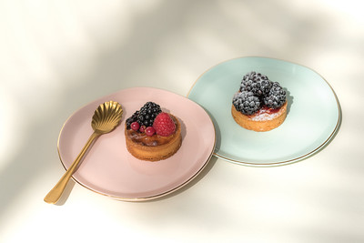 UNC Good Morning plate (Old Pink), Good Morning plate (Celadon), Spoon gold (set of 4)