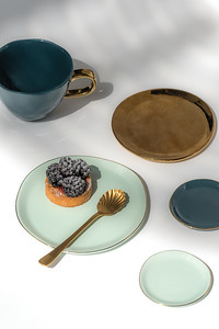 UNC Plate Good Morning (Celadon), Small Plate Good Morning (Blue Green), UNC Good Morning Cup (Graystone), UNC Plate Grow (Gold), UNC Spoon Gold (set of 4), UNC Plate Good Morning Small (Celadon)