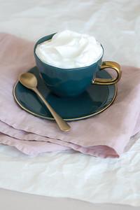 UNC Good Morning Cup (Blue Green), Good Morning plate (Blue Green), Spoon fun, Tablerunner Linen (Old Pink)