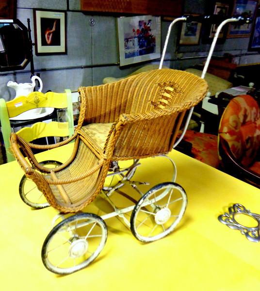 Unique Antique Wicker Mini Baby / Doll Stroller.  25 x 12 x 26.   <b></b>