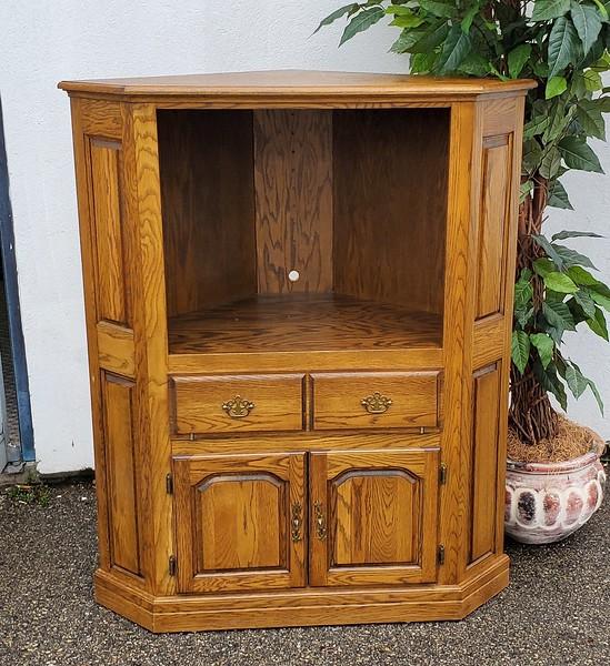 Wood Corner Curio TV