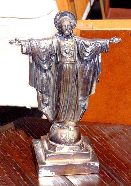 Jesus ~ Cast Iron Table Statue.  7 x 4 x 10.  <b>$35</b>