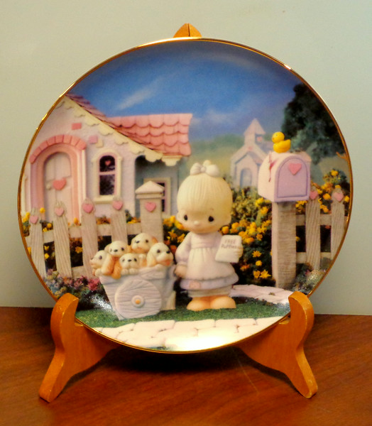 "Precious Moments ""God Loveth A Cheerful Giver"" Collector's Plate.   #3234J."