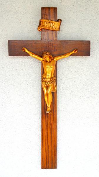Vintage I.N.R.I. Jesus Crucifix Wood Metal Cross.  18 x 22.  <b>$30</b>