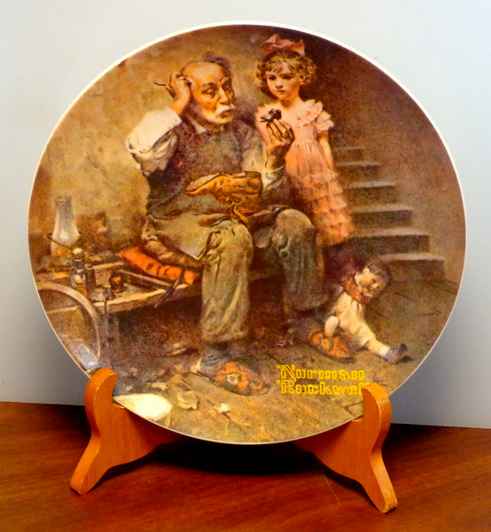 """""""The Cobbler"""" by Norman Rockwell and The Edwin Knowles Co.   Plate Number: 11,991T.  Bradex Number: 84-70-3.2.  <b>$25</b>"""