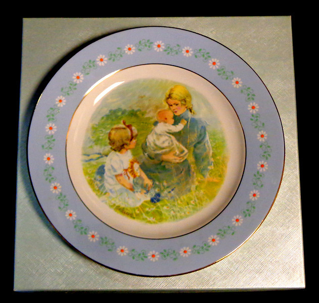 """1974 Avon Mother """"Tenderness"""" Commemorative Plate Mothers Day. In the box. Beautiful special edition plate awarded to Avon Representatives in January 1974.  Pontesa, made in Spain.  <b>$20</b>"""