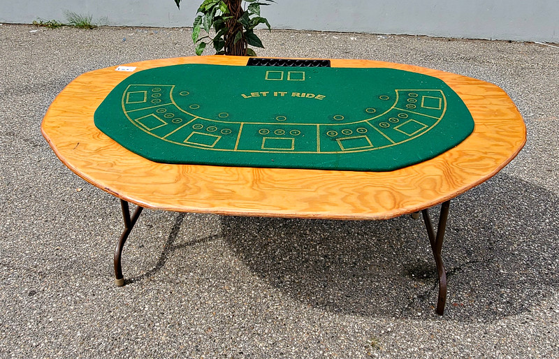 Let it Ride Poker Tables