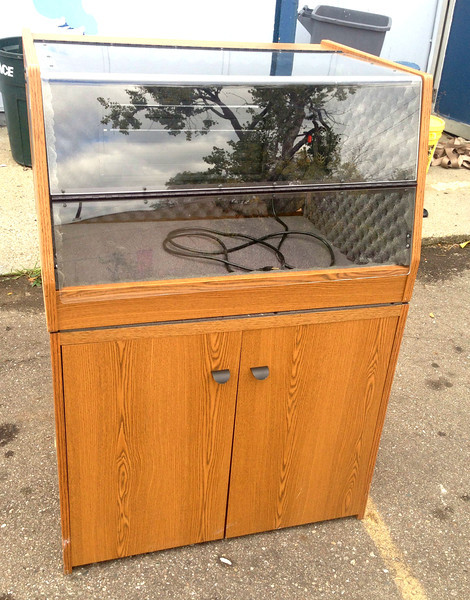 <b>Available at our Livernois Store Location - (313) 345-0884. </b>   Dust Free Computer Cabinet<b></b>