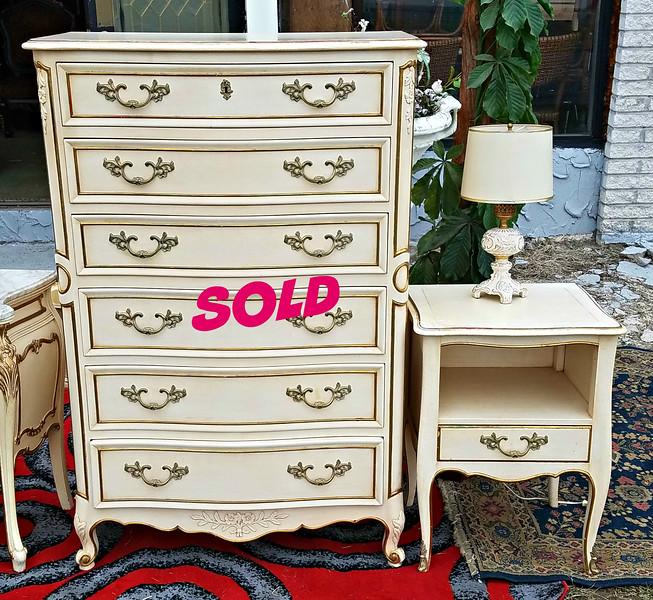 Provincial Dresser Set
