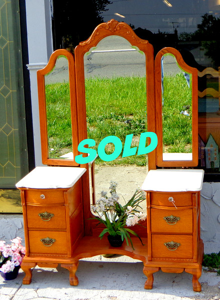 Elegant Solid Wood Full Length Marble Top Vanity in Excellent Condition.  All wood backing.  Made in America.  Features adjustable tri-fold beveled mirror.  You get the benefits of a beautiful vanity with the convenience of a full length dressing mirror.  Everything about this  Made in USA piece is of high quality.  Don't wait too long and miss out.  50 x 21 x 73.  <b>$595</b>