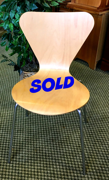 <b>Available at our Livernois Store Location - (313) 345-0884. </b> Arne Jacobsen Series 7 Wood Chair for Fritz Hansen.  Excellent condition.  The Series 7 by Arne Jacobsen is the flagship of Fritz Hansen's collection. Design: Arne Jacobsen, 1955. Made in Denmark by Fritz Hansen. Steel, laminated wood construction. Arne Jacobsen was very productive both as an architect and as a designer. His cooperation with Fritz Hansen dates back to 1934. The Ant and Series 7 chairs, produced in 1952, propelled both Jacobsen and Fritz Hansen's names into furniture history.  <i>Over $630 each new.</i>  <b>Make A Fair Offer.</b>