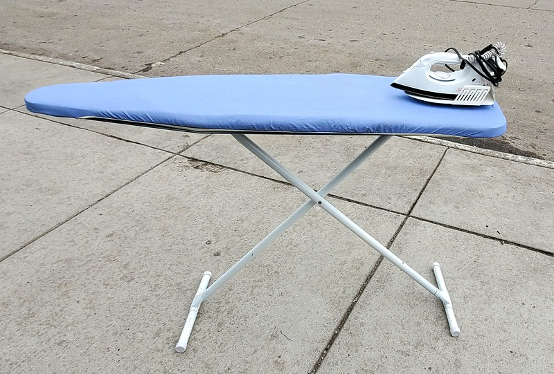Ironing Board with Iron Sets