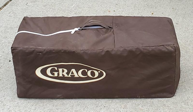 Graco Travel Bassinet