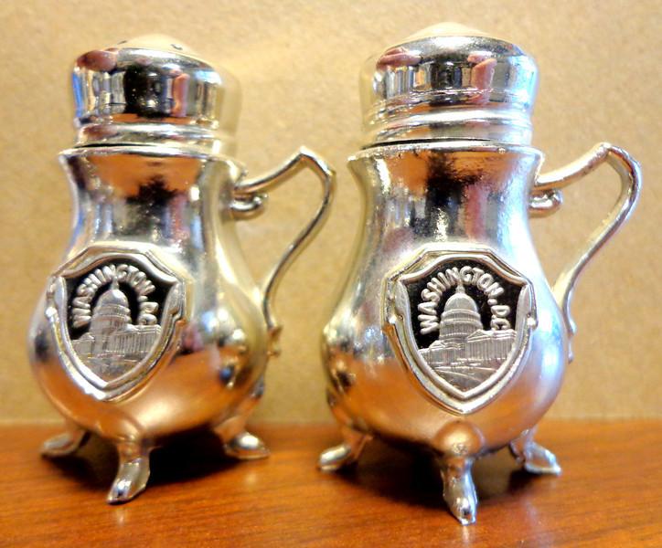 Washington, D.C. Salt and Pepper Shakers.