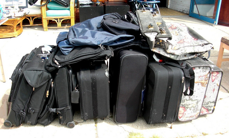 Variety of Pre-Owned Good Quality Luggage - Samsonite, Others.  Samsonite and other premium quality pieces.  There's a bunch of it here and we're letting you make any fair offer.  There are suitcases, flight bags, overnight bags and tote backs at the moment.  This is a special offer for those of you living near our Warren store to drop by and have a look.  Please do not call the store for information about specific items that may be available.   We simply do not have time to locate and inventory these items when they sell.  No reasonable offer will be refused.