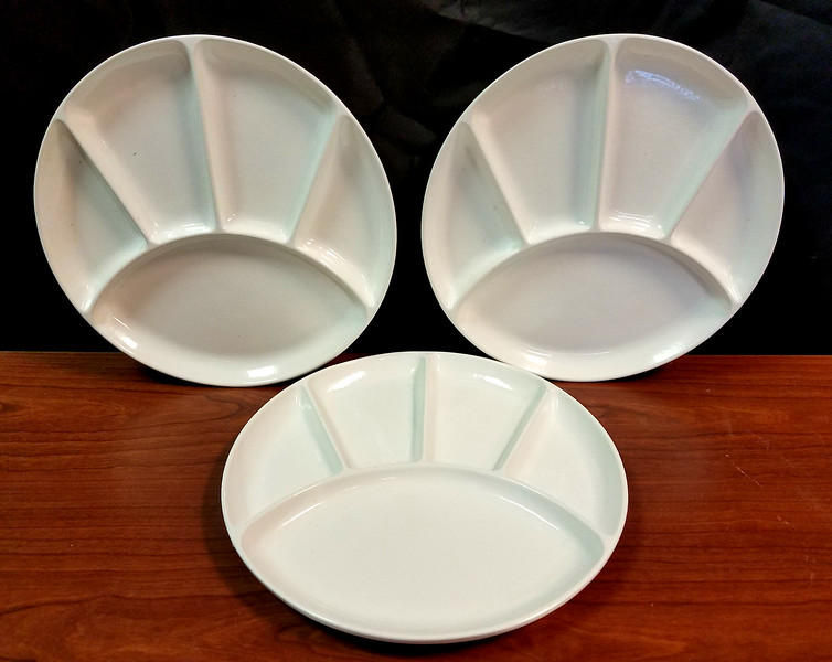 Large Selection of Commercial Grade 5-Section Hors d'oeuvre Plates / Appetizer Plates / Dinner Plates.  Perfect for large gatherings, banquet halls, community organizations and home use, these heavy duty plates will be an absolute delight for your guests.  We have a good inventory of these at the moment, so now may be a good time to stop by.  Plates measure 9 inches in diameter and are in excellent condition.