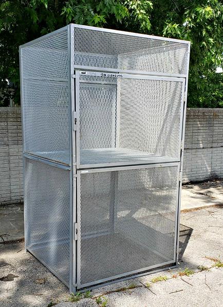 Double Door Mesh Bulk Storage Locker