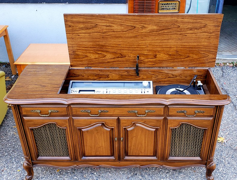 Vintage Magnavox Console Stereo