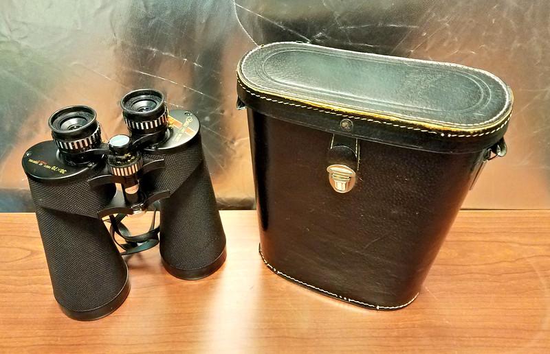 Vintage Selsi 30 X 70 Binoculars