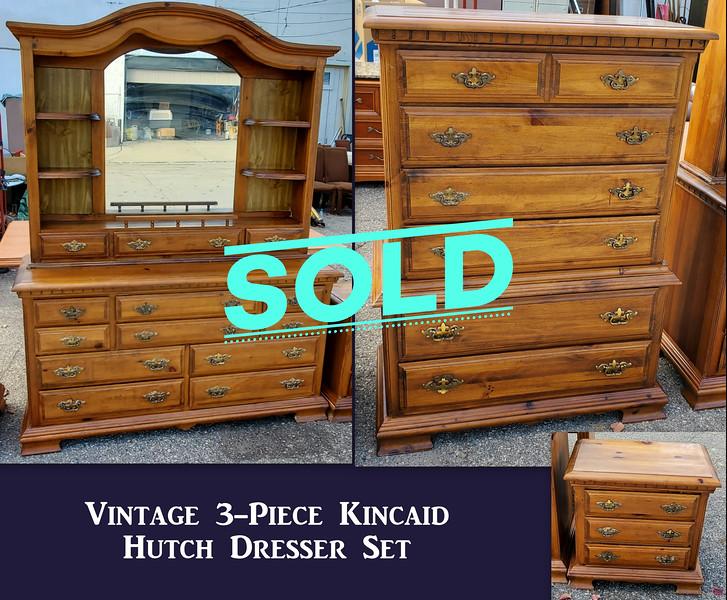 Vintage Dresser Set