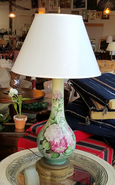 Hand-Painted Vintage French Provincial Table Lamp.  17 x 35.  <b>$65</b>