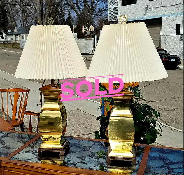 Sleek Golden Table Lamps