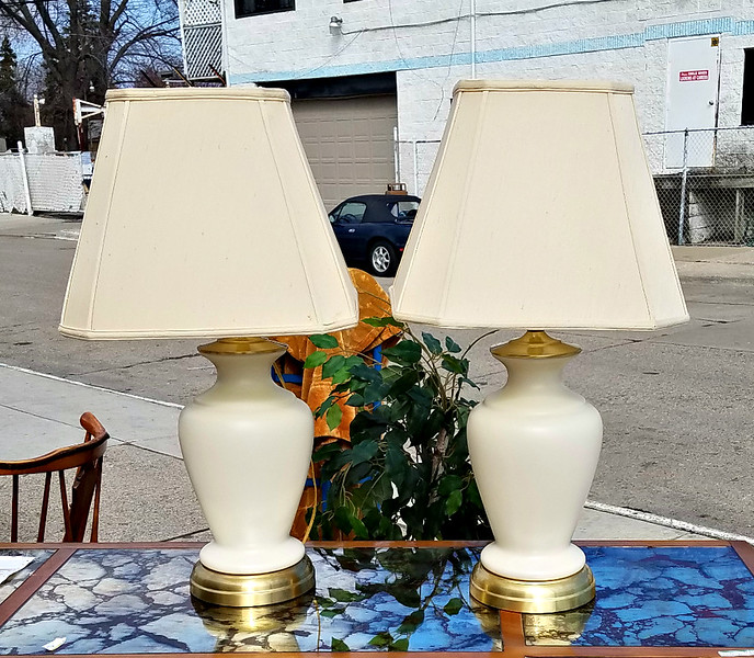 Transitional Table Lamp Set