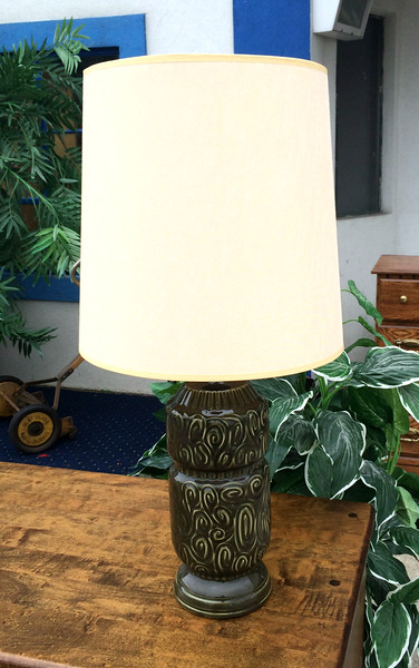 Table Lamp with Shade.   29 x 14.  <b></b>
