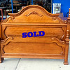 Impressive Quarter Sawn Oak Queen Bedframe in Excellent Condition.  Includes side rails (not shown).  Headboard for Bedframe: 65 x 55.  <b></b>