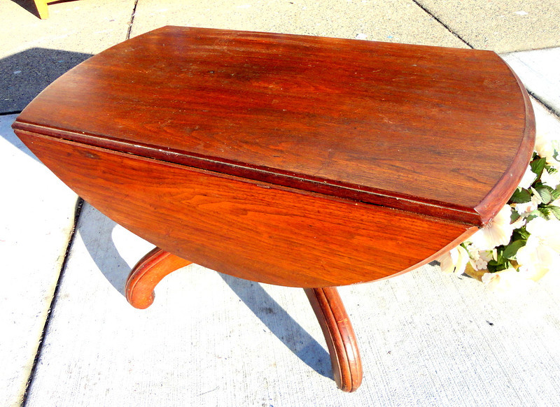 Solid Wood Mini-Profile Drop Leaf Table:  33 x 18 x 18  (in closed position shown).  33 x 36 x 18 (open position).  <b>$125</b>