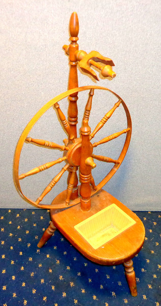 Unique Vintage Sewing Spindle.  Hand operated spinning wheel for yarn.  Good for fiber artist, weaver, knitting.  24 x 20 x 41. <b>$50</b>